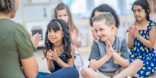 Música para crianças - aula